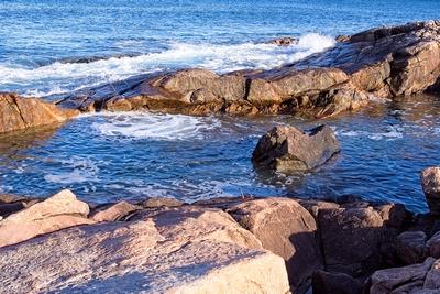 When Swells Find Rocks_20210426_850_1303