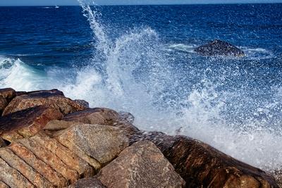 Splashing On The Rocks_20210620_850_5310