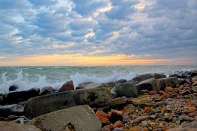 Breaking Waves At Matunck S 20210908 850_9986