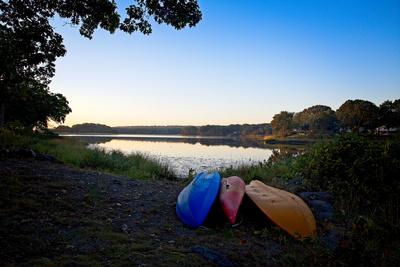 Kayaks Resting At Dawn 20211013 850_2245