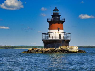 Passing Plum Beach Lighthouse