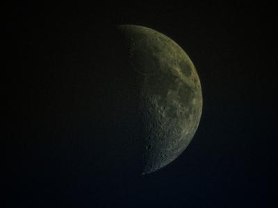 Closest Daylight Waxing Crescent Moon_20210814_DSCN1191